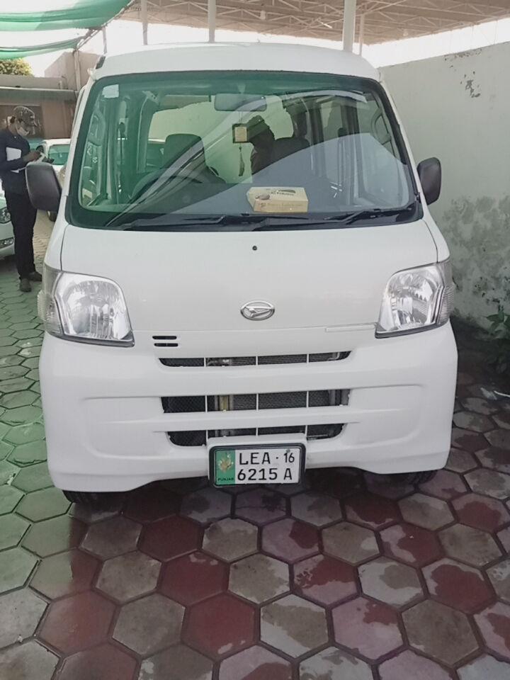 Daihatsu Hijet Delux 2013