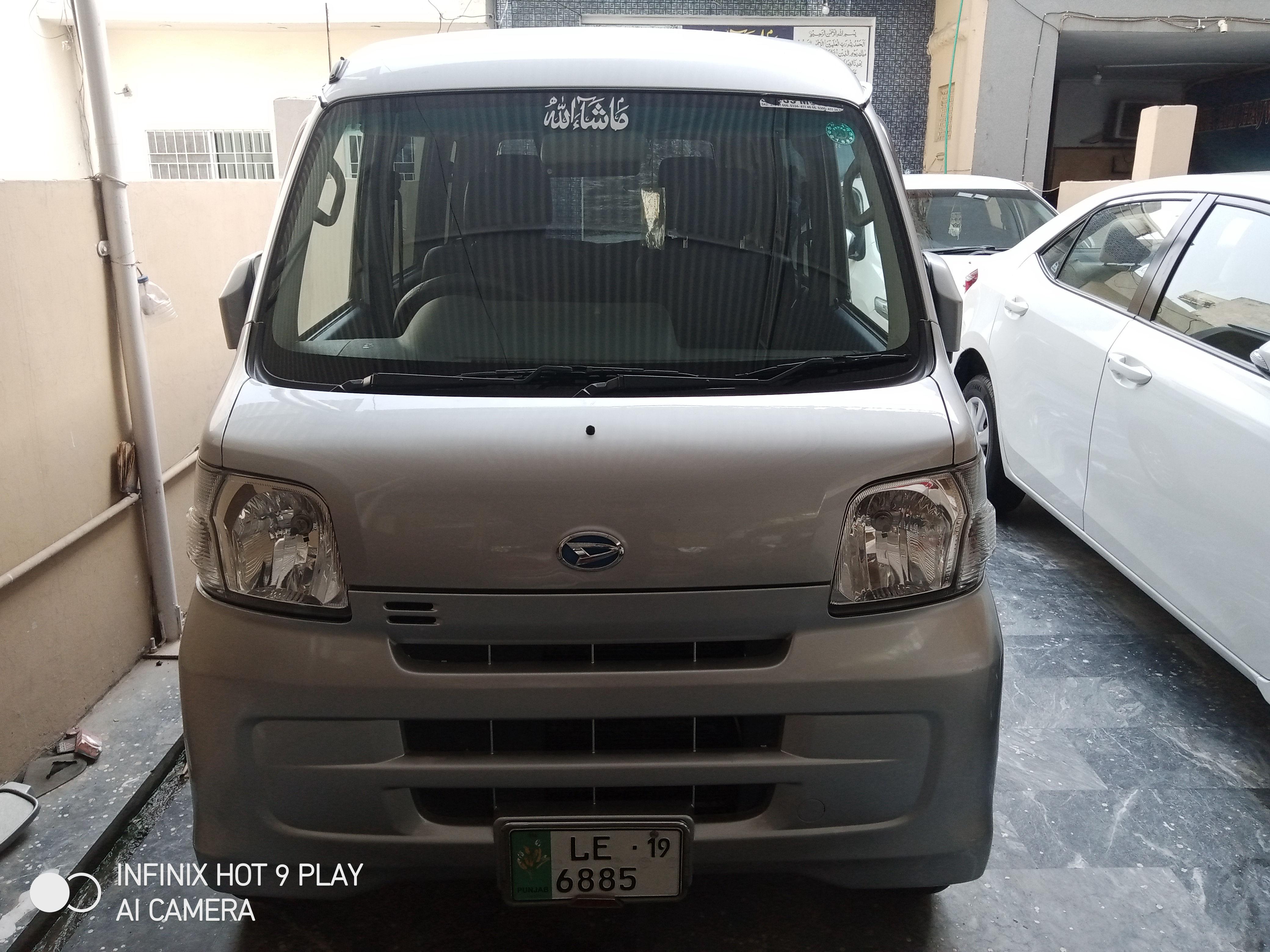 Daihatsu Hijet Delux 2014