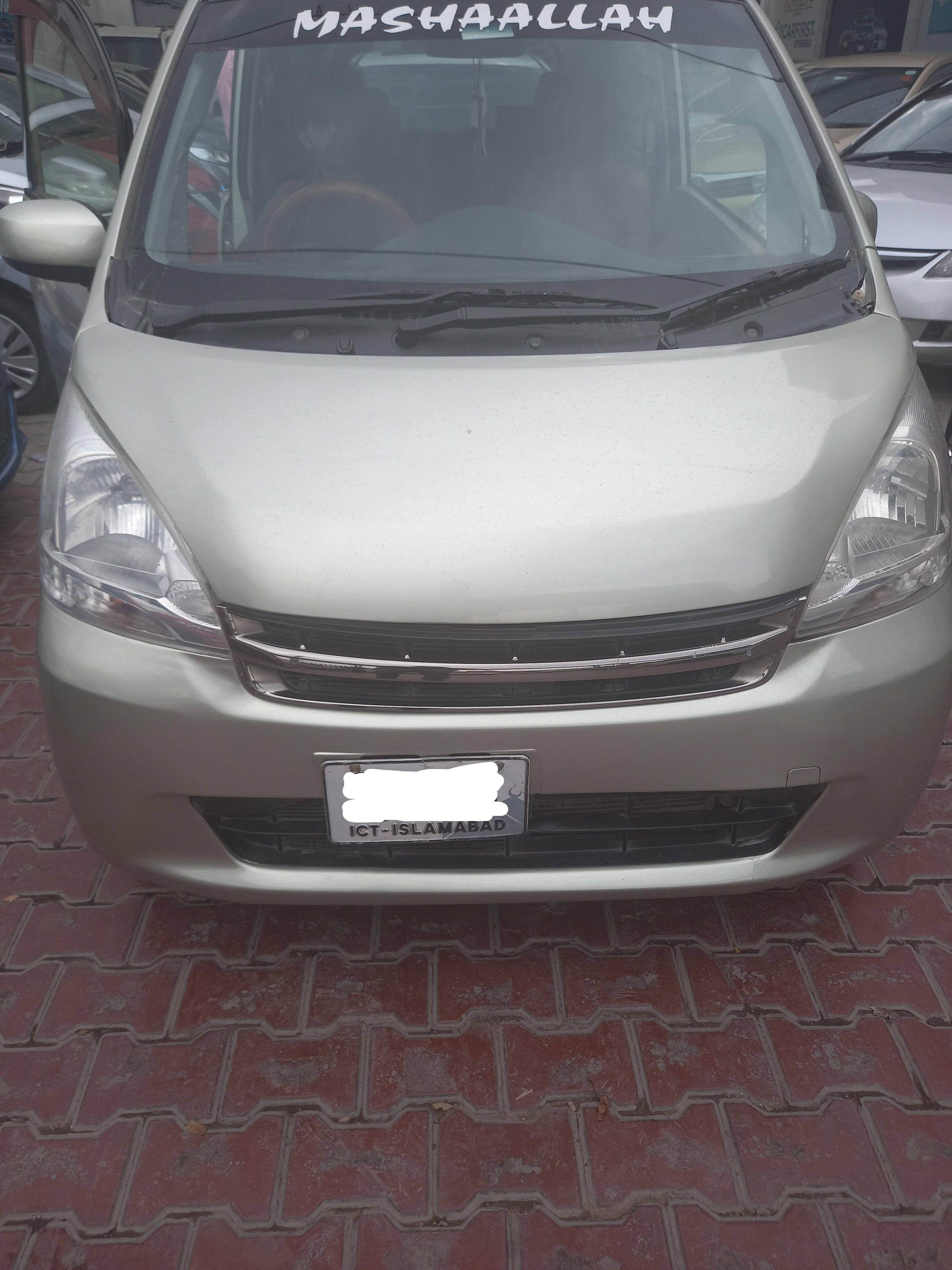 Daihatsu Move L