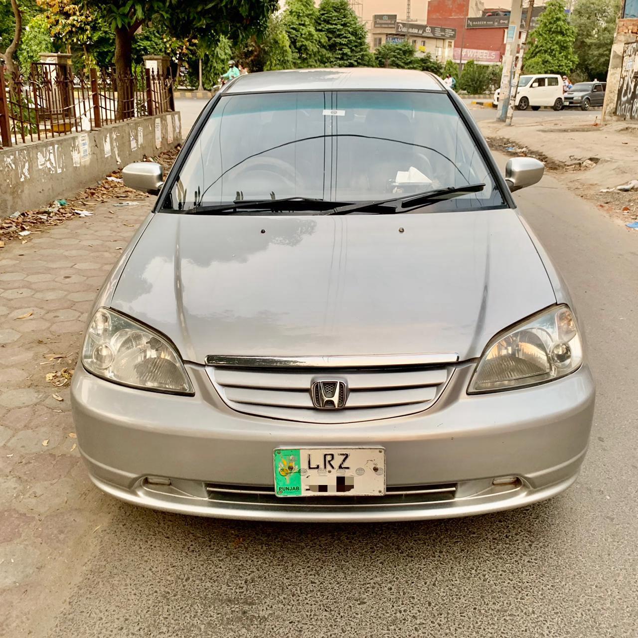 Honda Civic 1.8 i-VTEC Oriel 2004