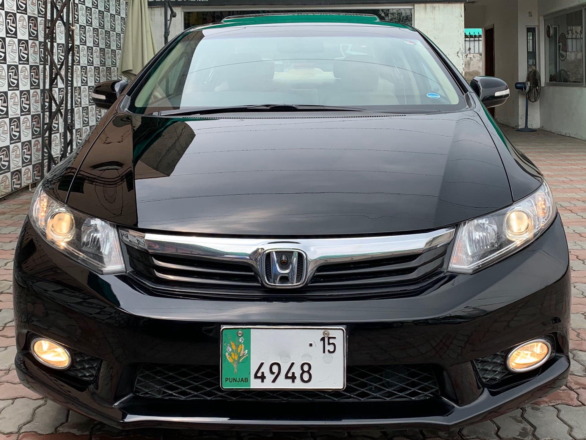 Honda Civic 1.8 i-VTEC Oriel 2015