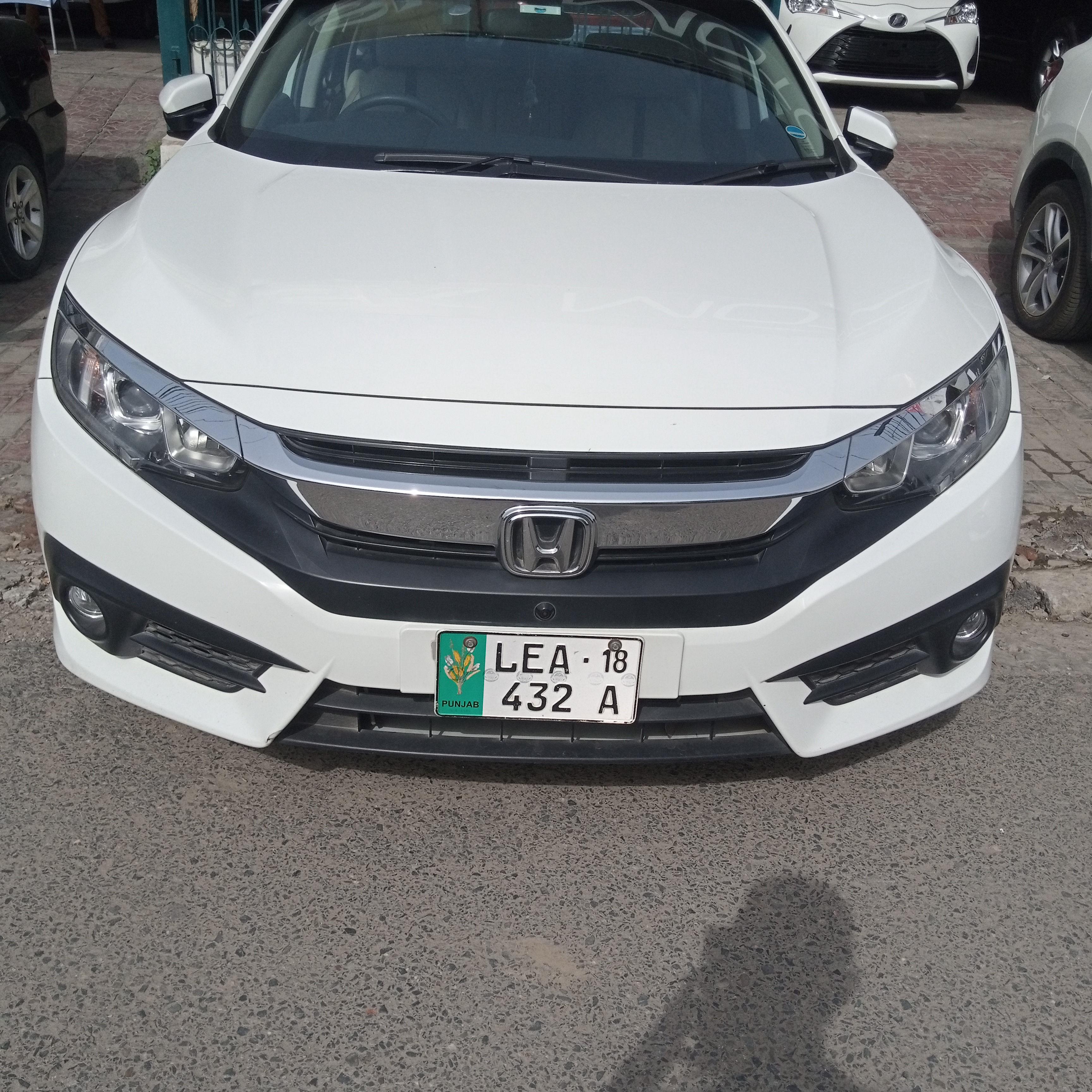 Honda Civic 1.8 i-VTEC Oriel 2018
