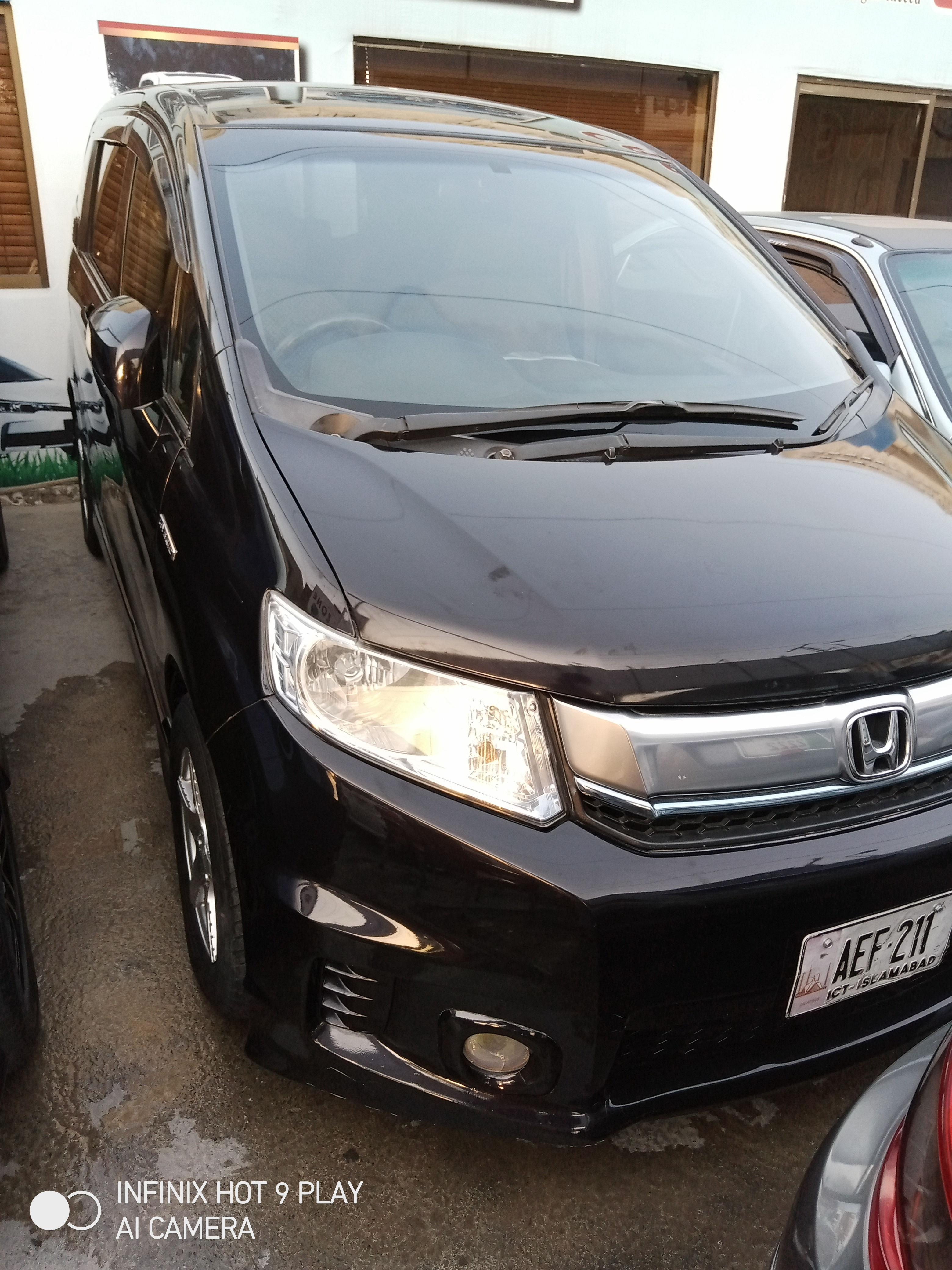 Honda spike Full Option 2012