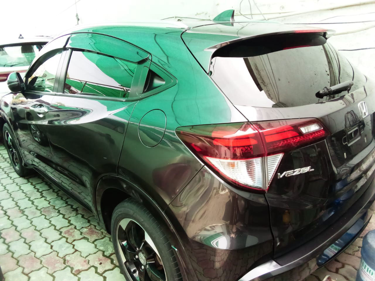 Honda Vezel Hybrid Z 2015