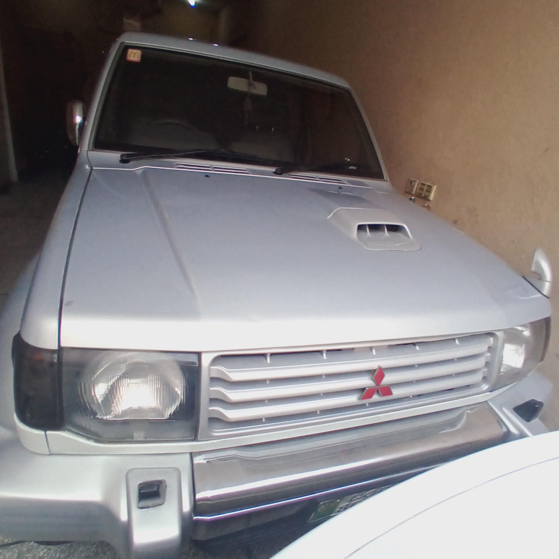 Mitsubishi Pajero Exceed 3.5 1992