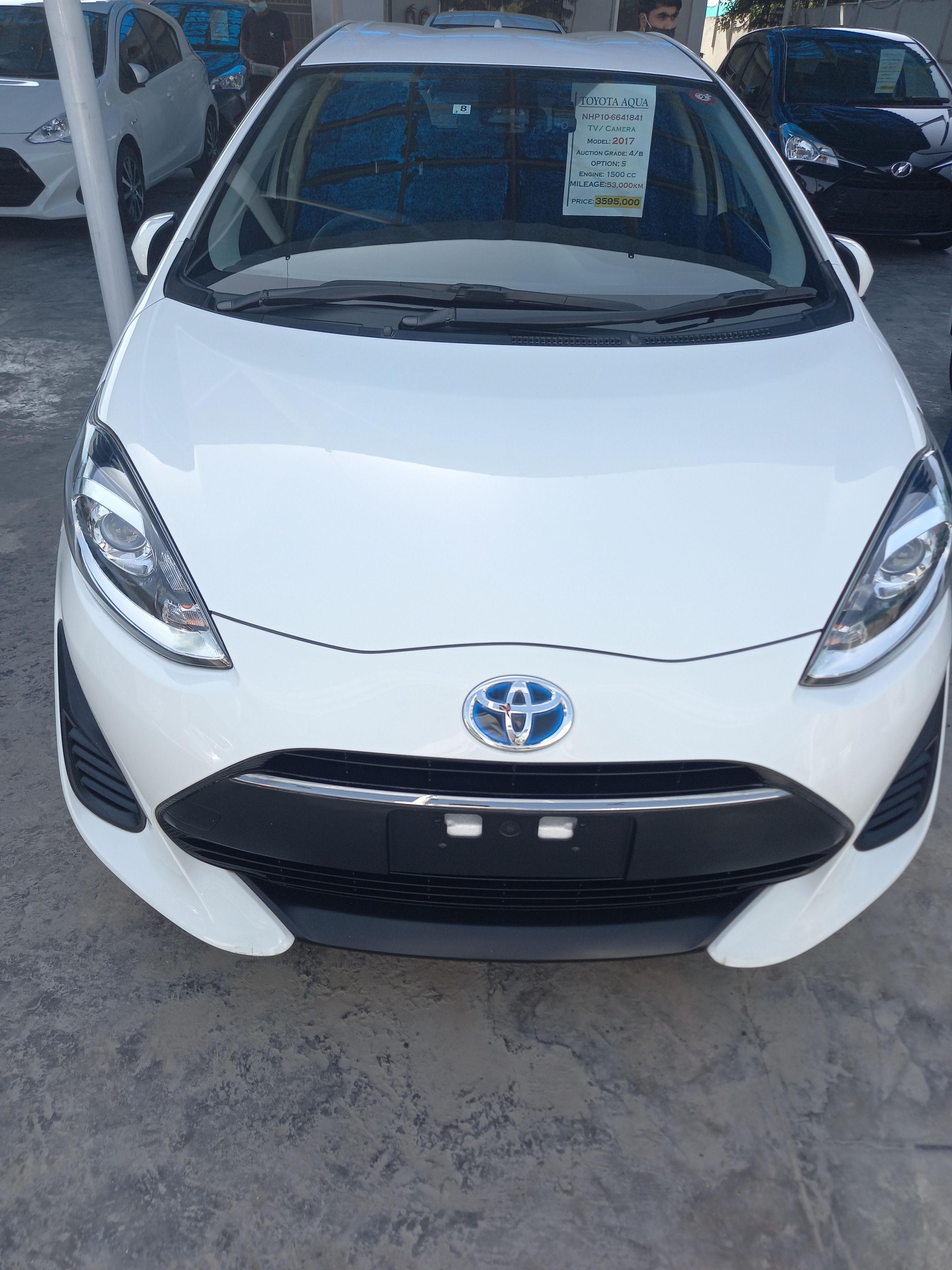 Toyota Aqua S