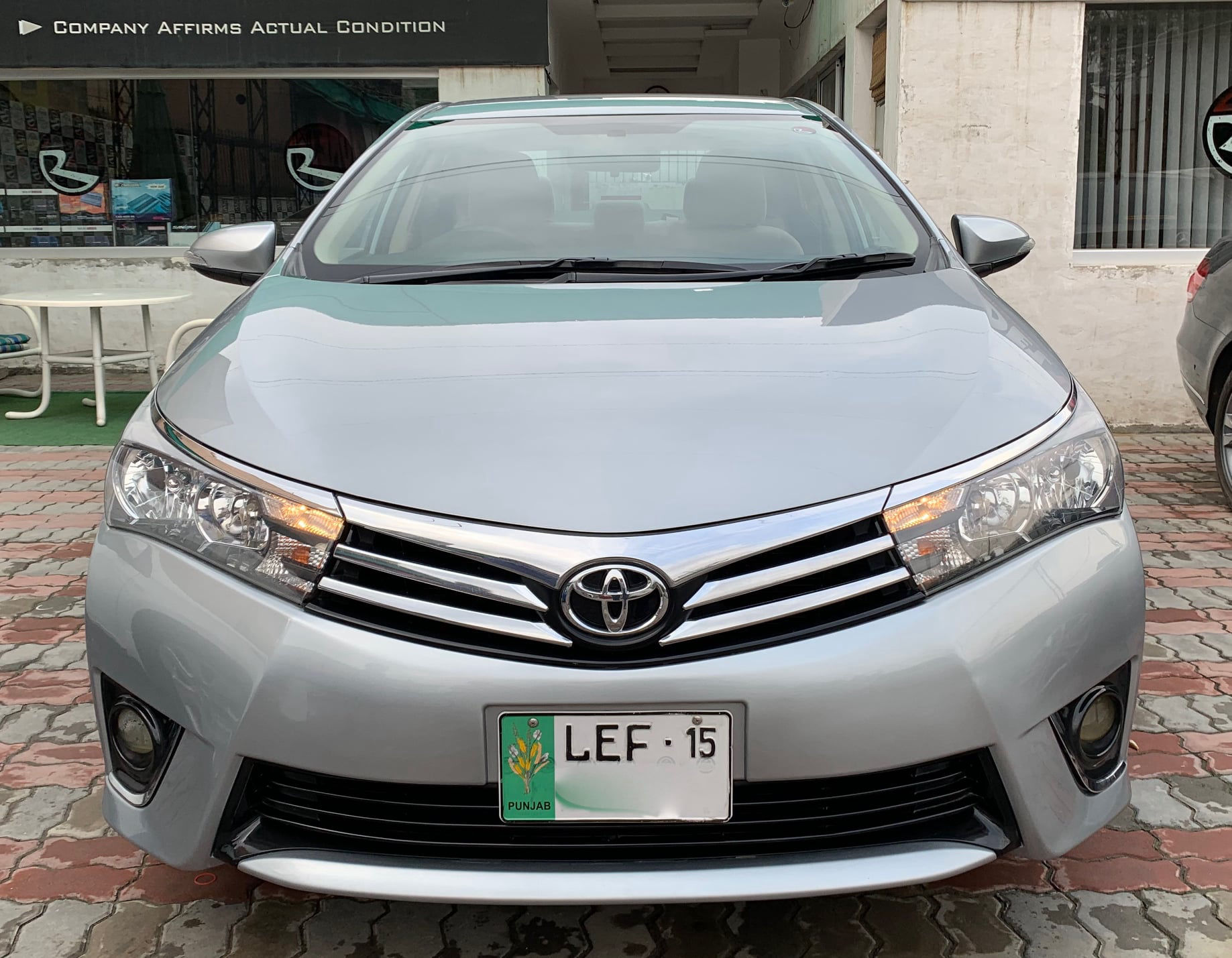 Toyota Corolla Altis 1.6 2015