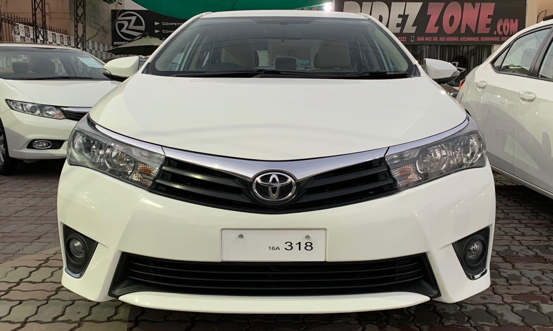 Toyota Corolla Altis 1.6 2016