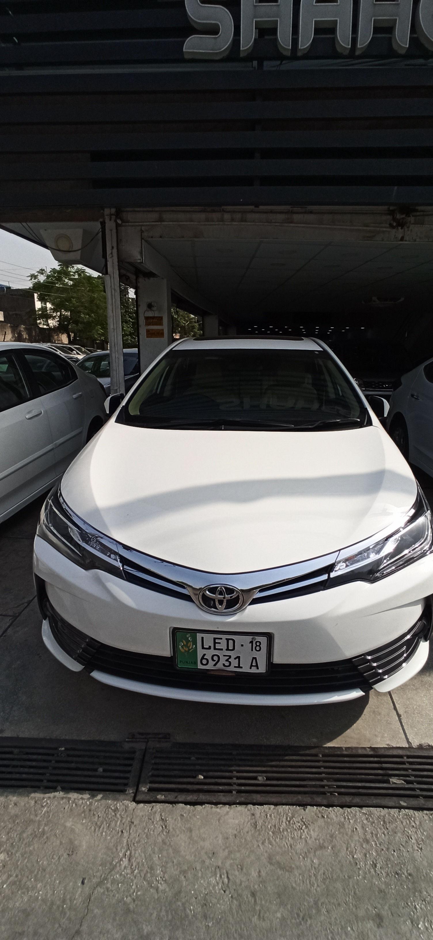 Toyota Corolla Altis Grande 1.8 2018