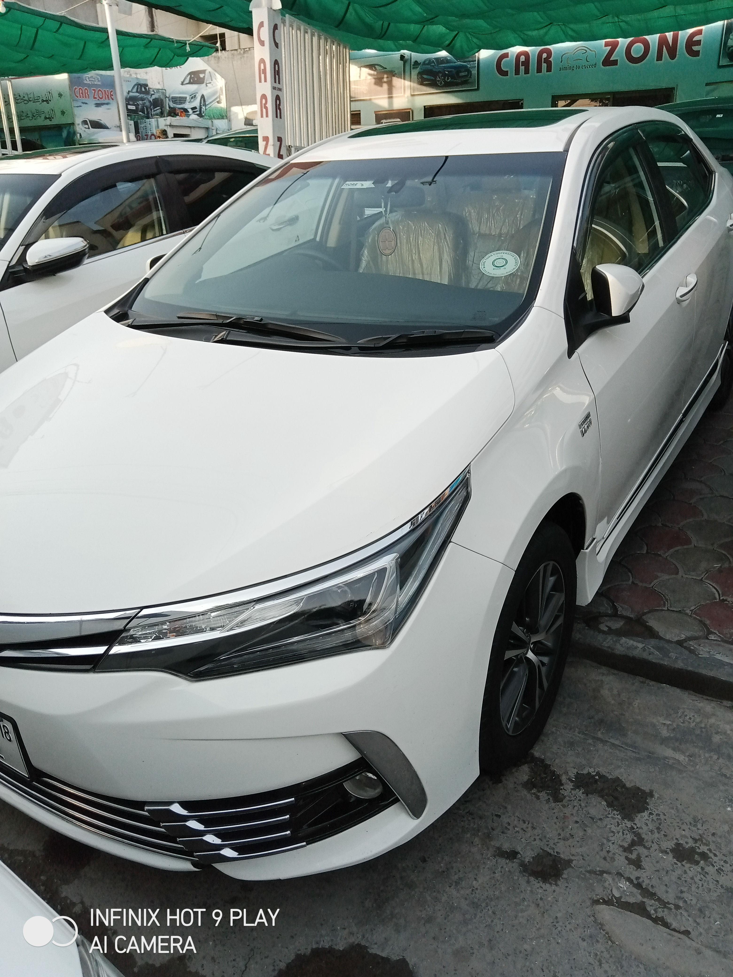 Toyota Corolla Altis Grande CVT-i 1.8 2018