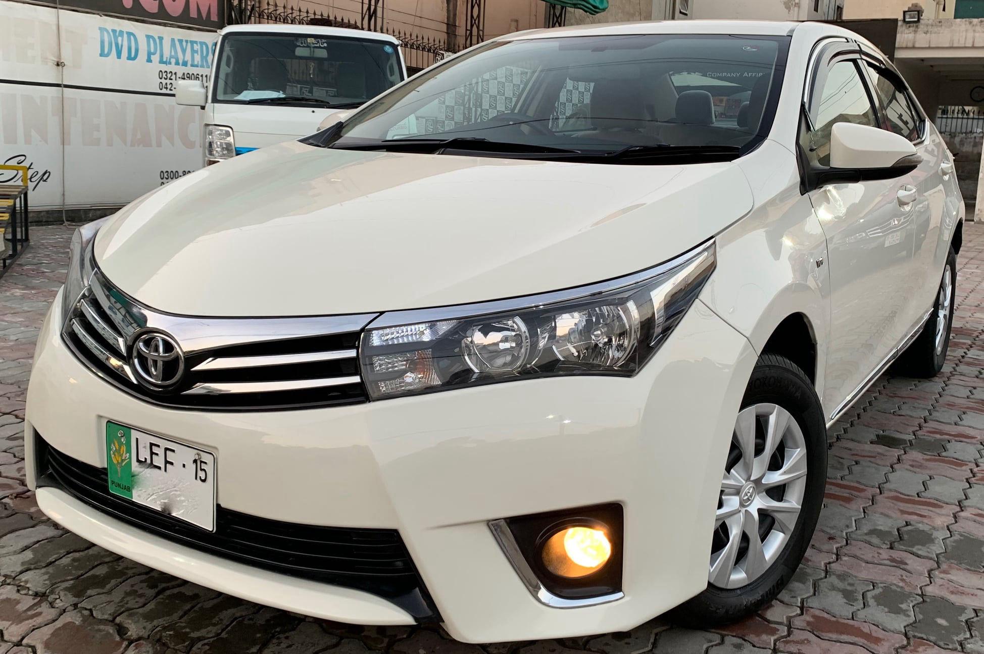 Toyota Corolla GLi Automatic 1.3 2015