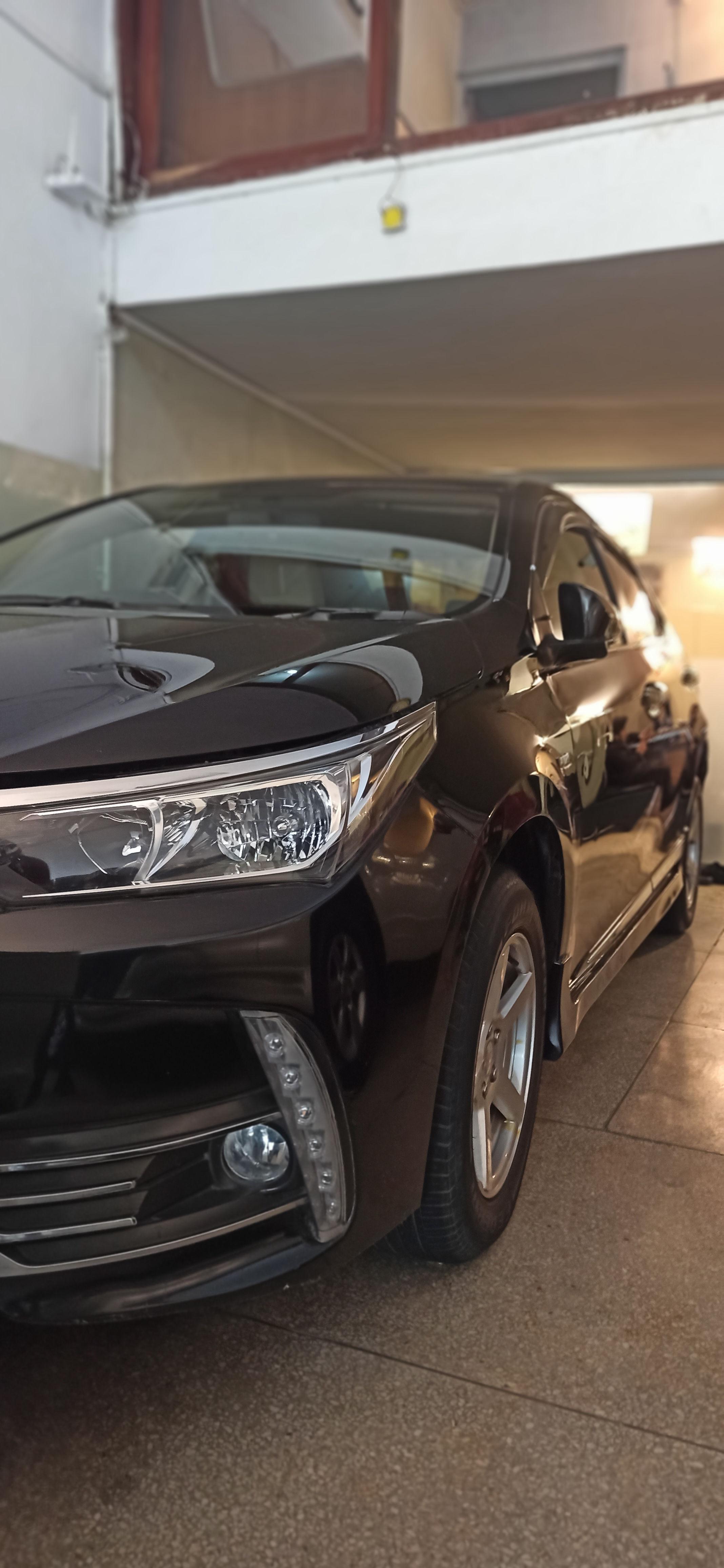 Toyota Corolla GLi Automatic 1.3