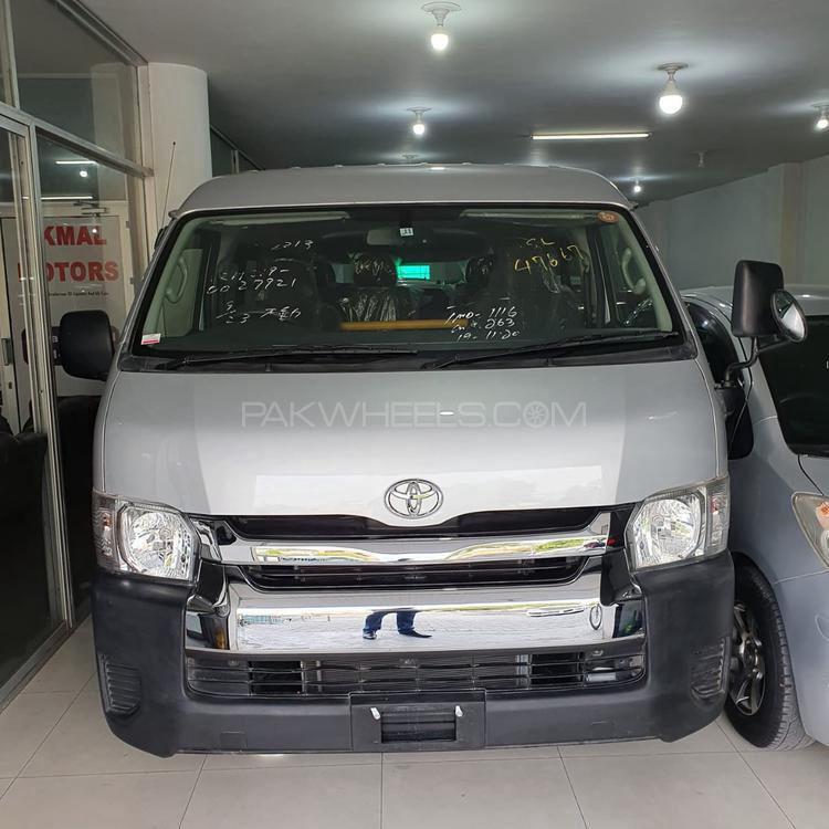 Toyota Hiace TRH 219 2017