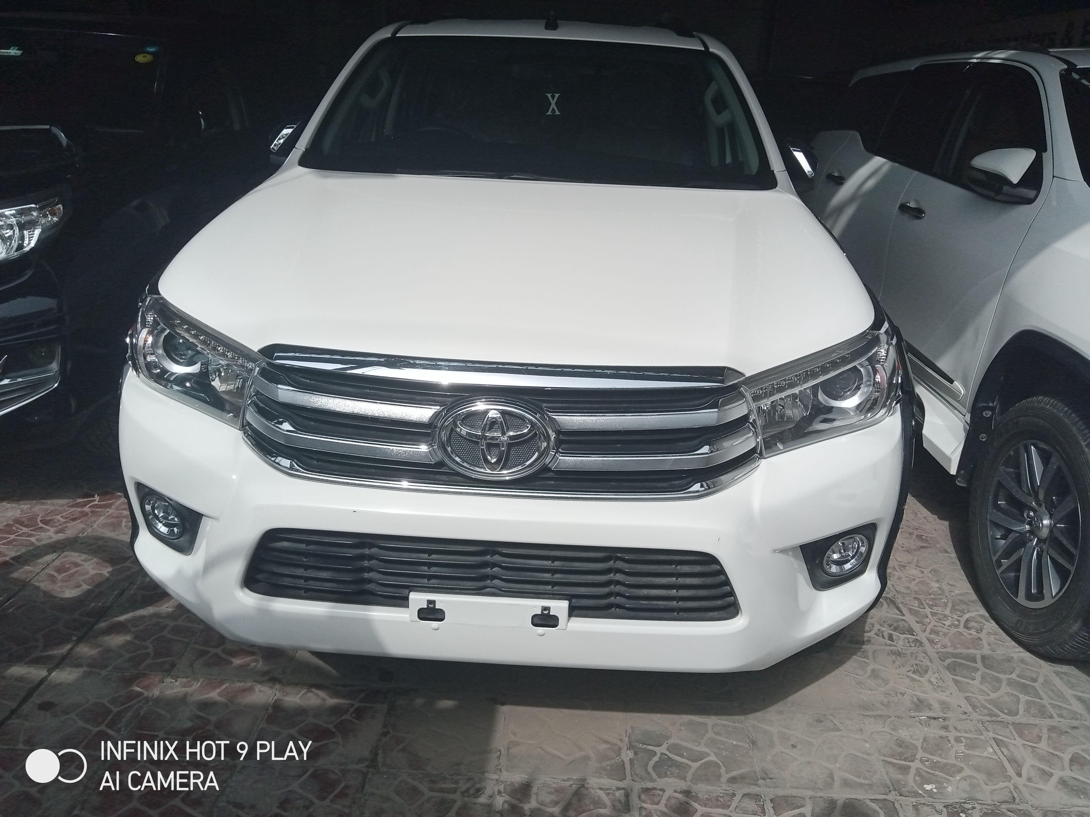 Toyota Hilux Revo V 2.8 2019