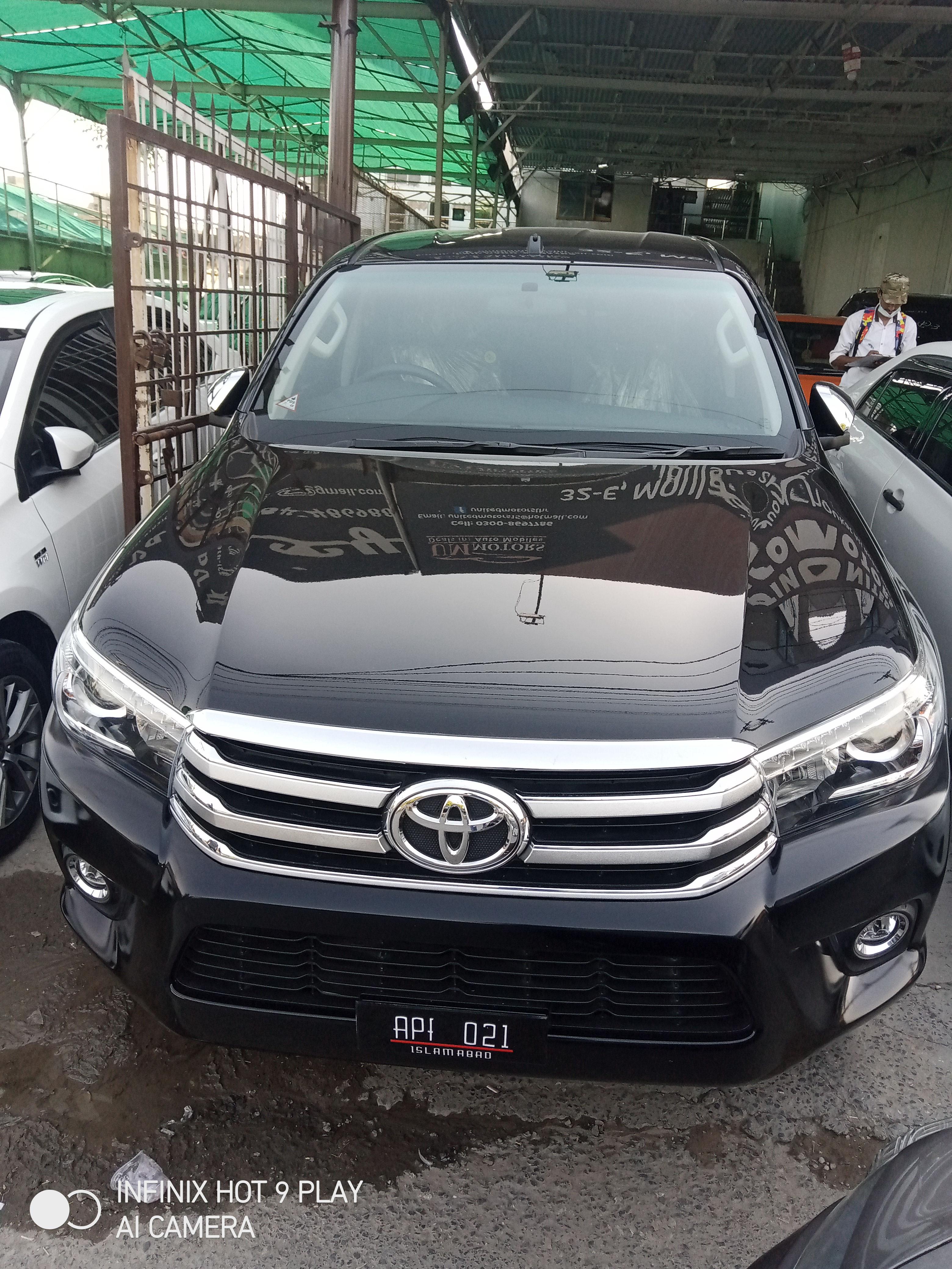 Toyota Hilux Revo V 2.8 2021