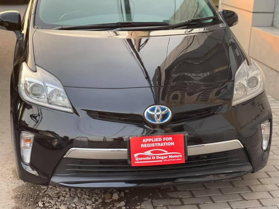 Toyota Prius G 1.8 2014