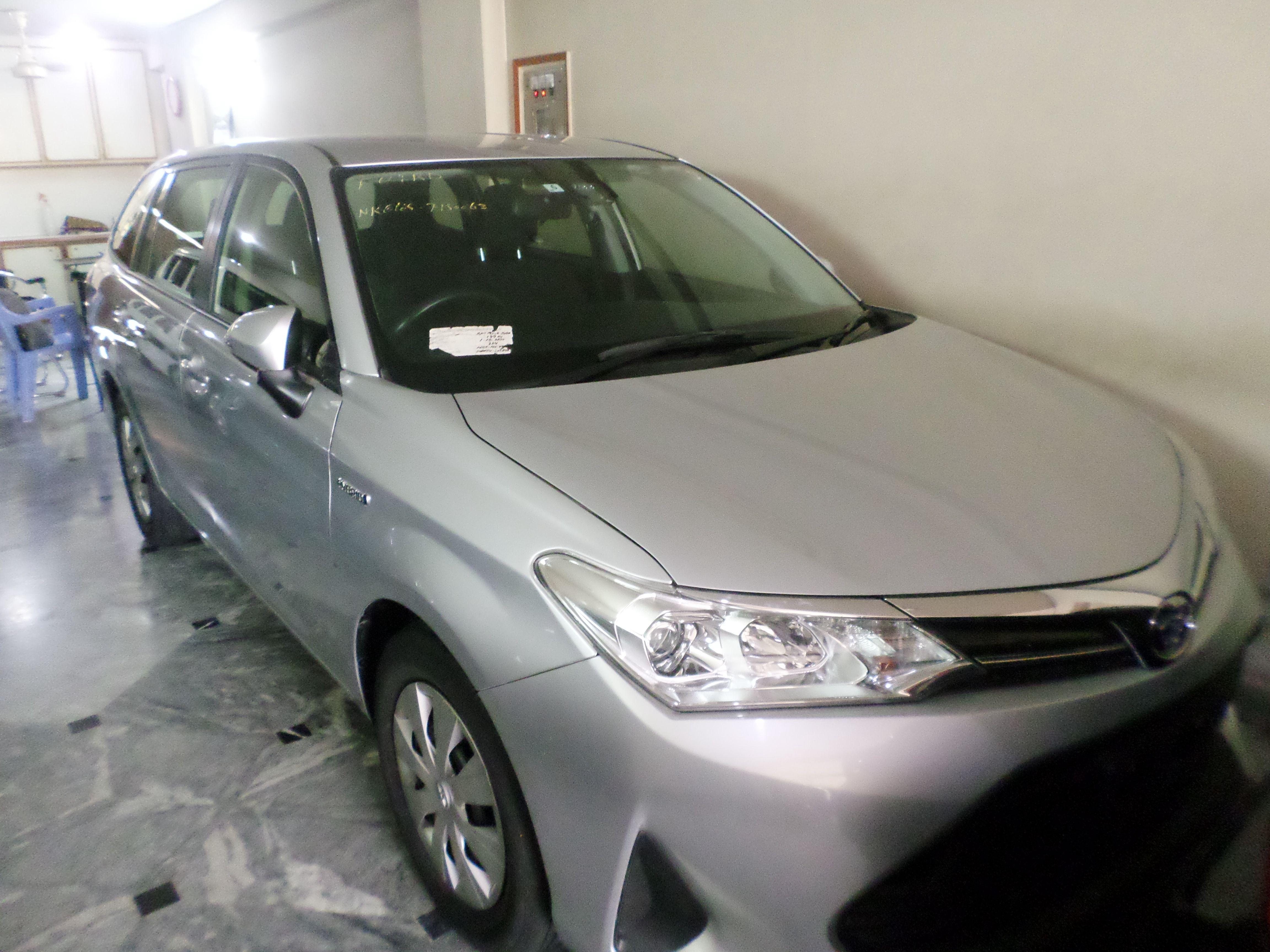 Toyota Vitz F 1.0