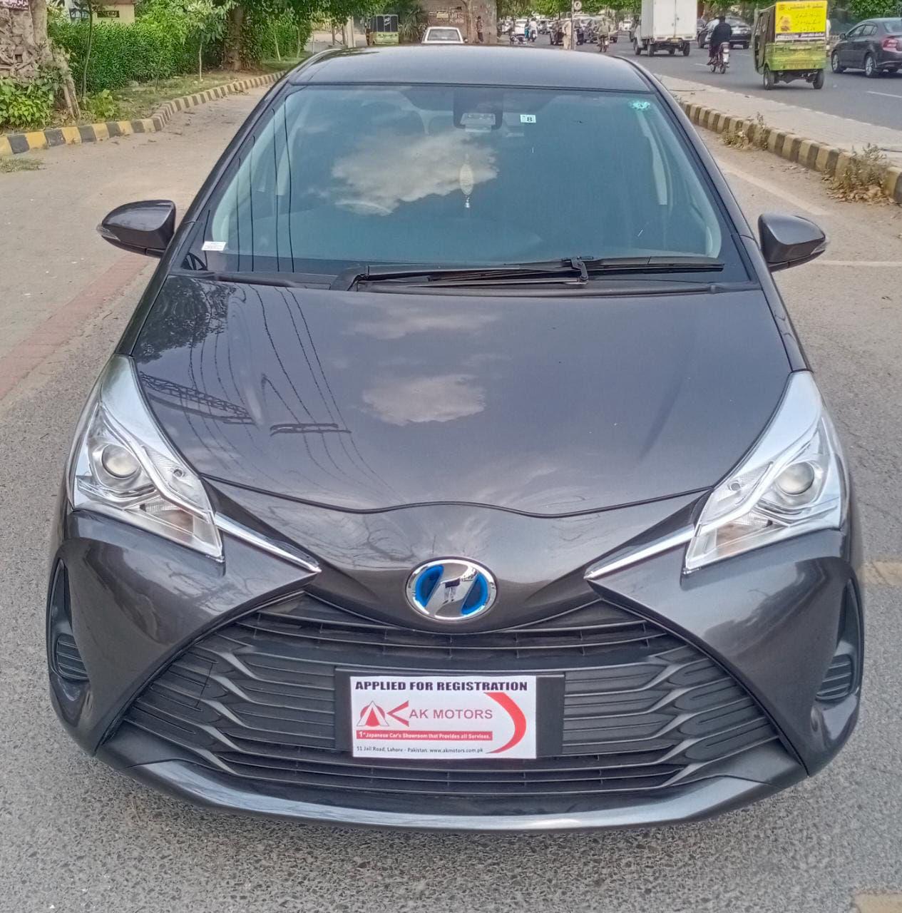 Toyota Vitz F 1.0 2018