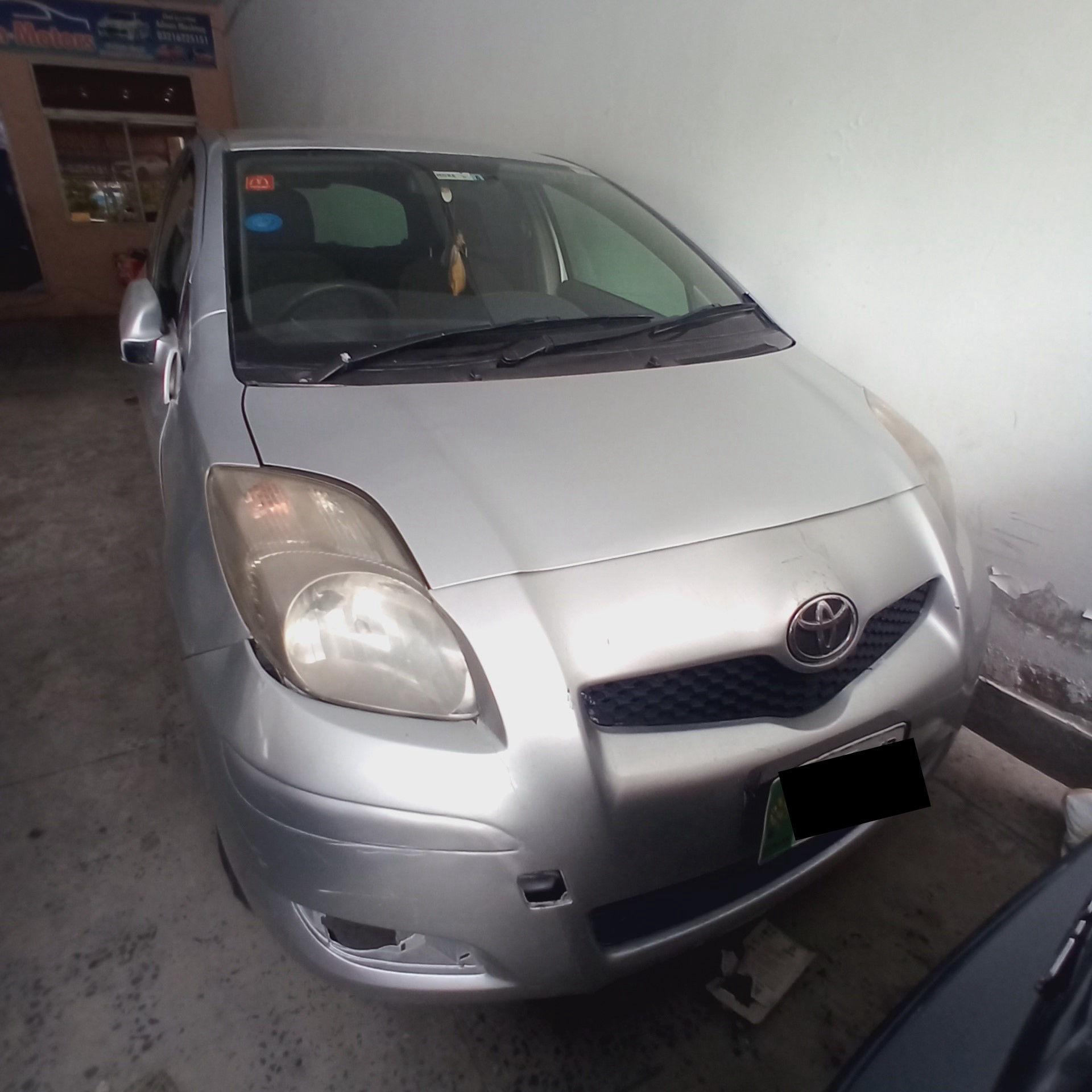 Toyota Vitz F 1.3 2007